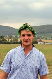 Florian Pfister mit seinem ersten Kranz in seiner Karriere